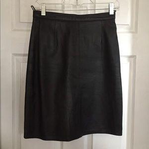Real leather vintage skirt black size 38